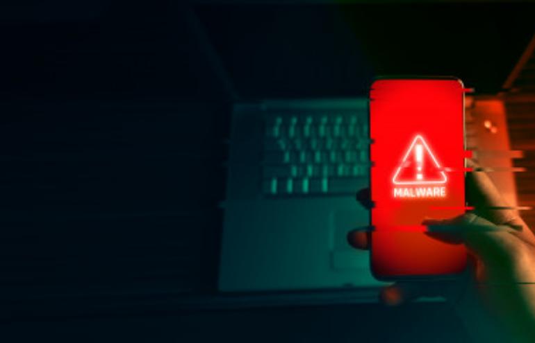 Bezpieczeństwo w sieci. Jak chronić firmę przed cyberatakami?